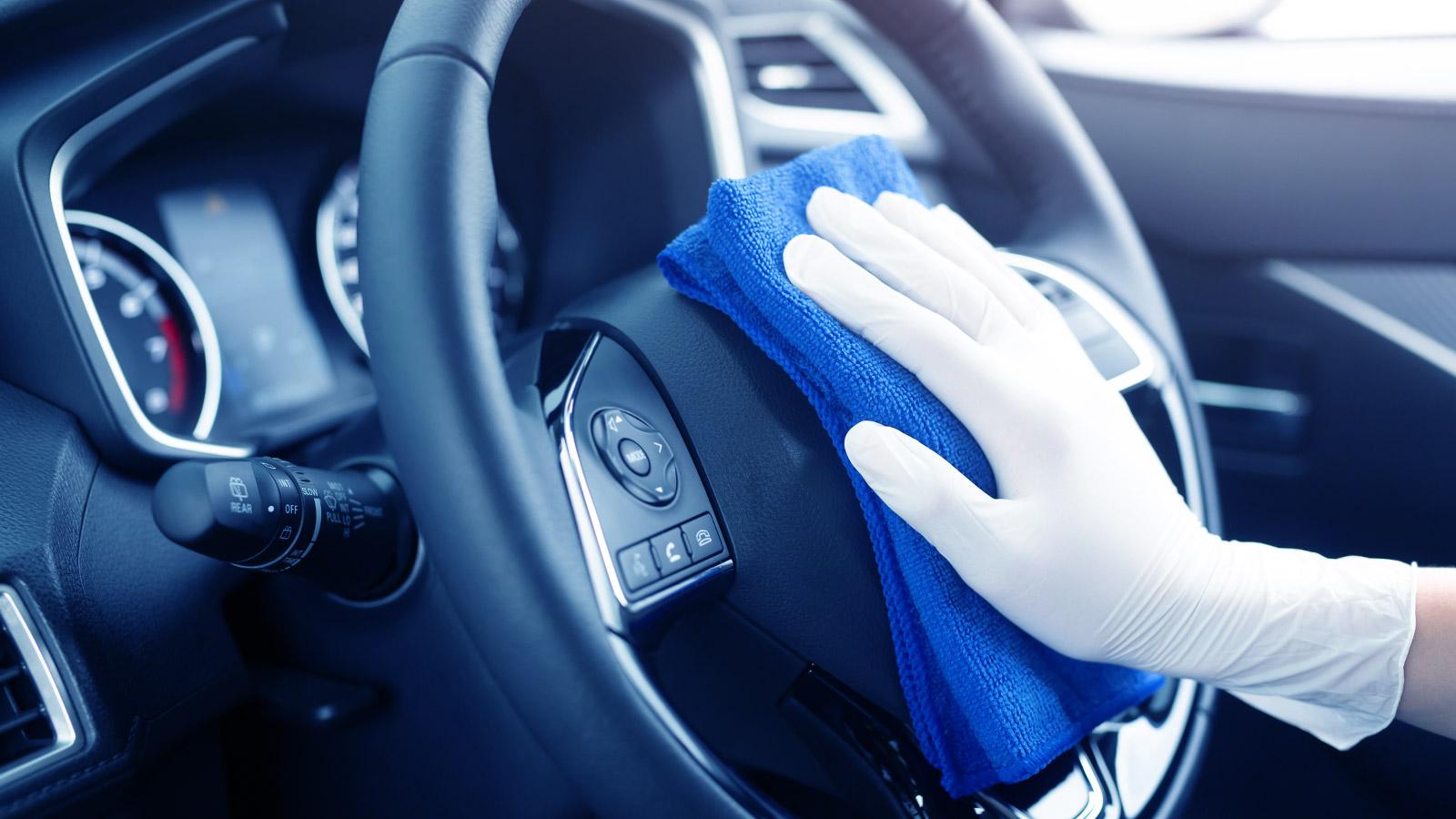 Consejos para desinfectar tu coche como un profesional