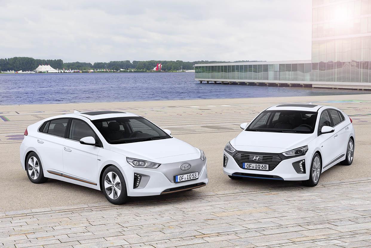 ¿Cuáles son los beneficios de un coche híbrido en ciudad?